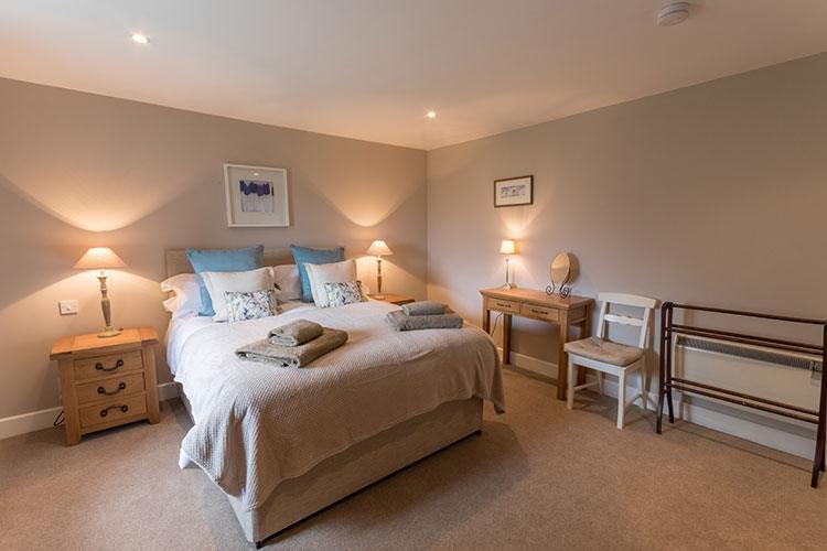 Aodin master double bedroom