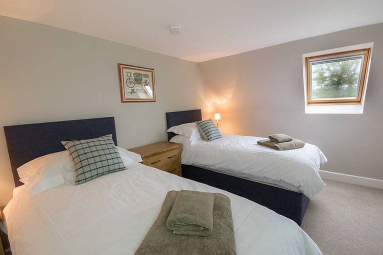 Aodin second twin bedroom