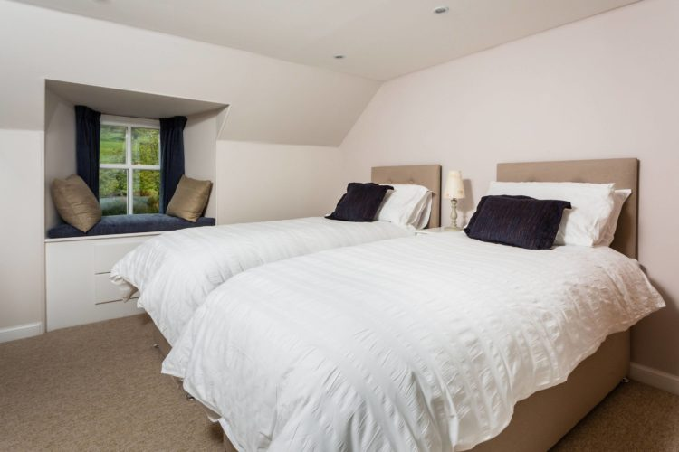 Croftness Cottage twin bedroom
