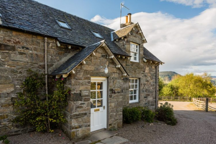 Croftness Cottage in Aberfeldy Highland Perthshire can be booked through Highland Perthshire Holiday Homes