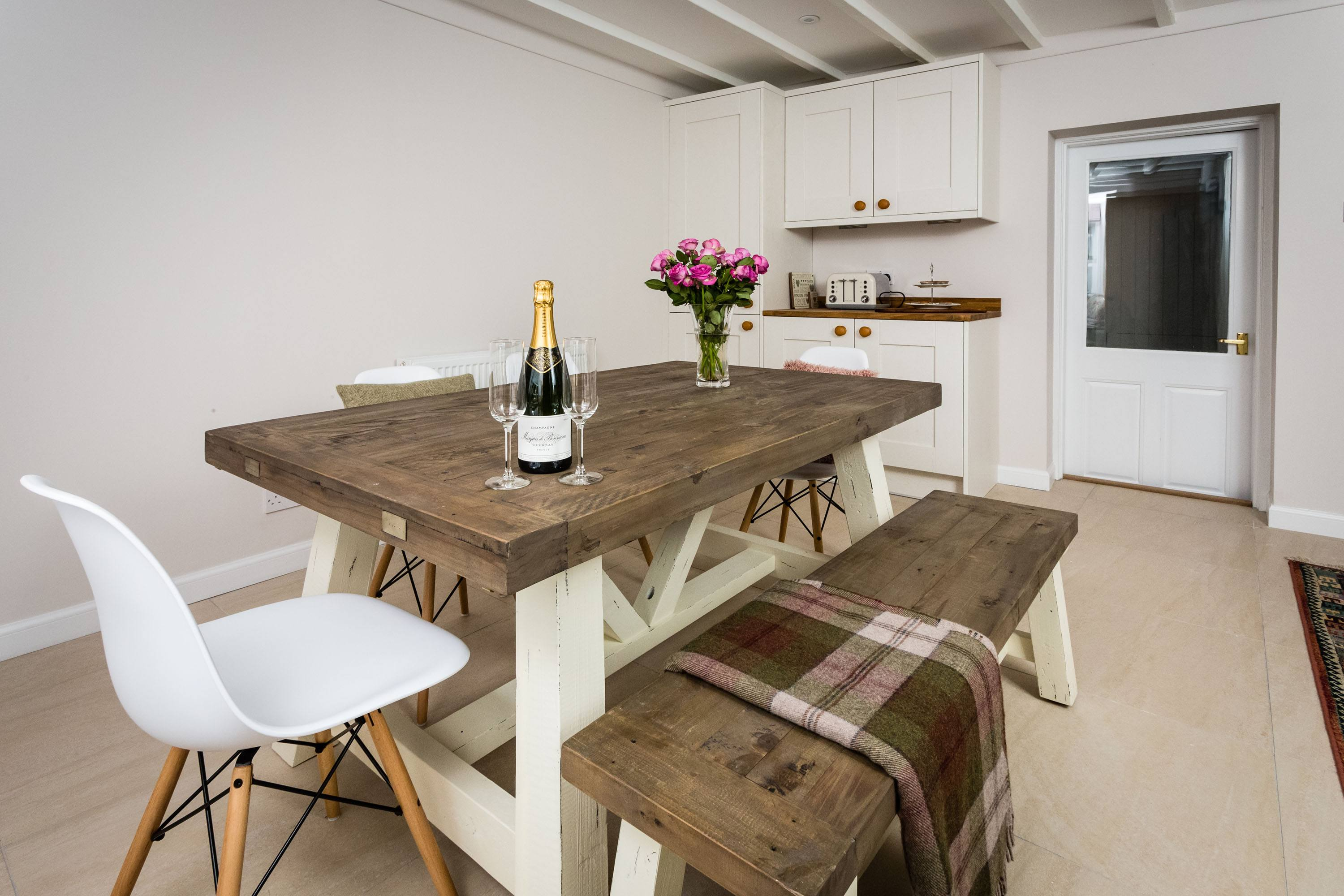 Croftness Cottage dining area which seats 6