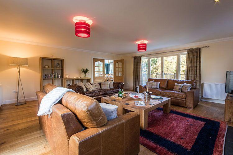 Tursachan spacious living room