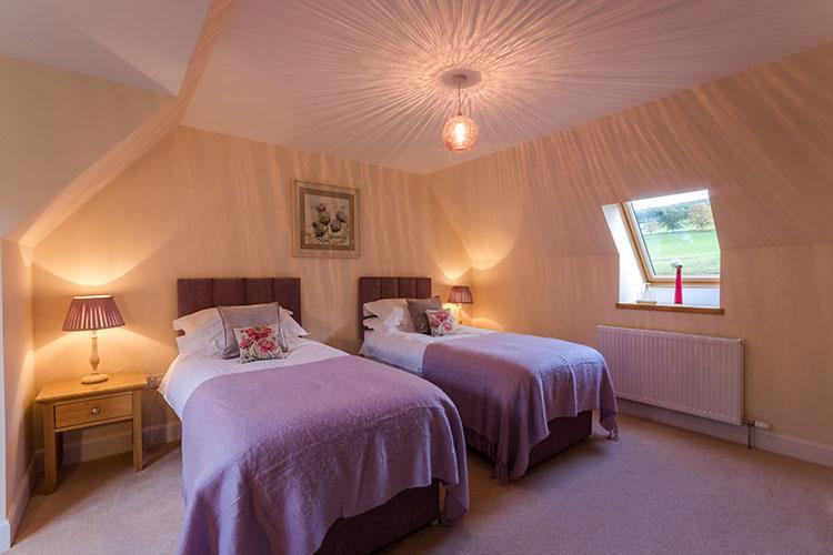 Tursachan twin bedroom