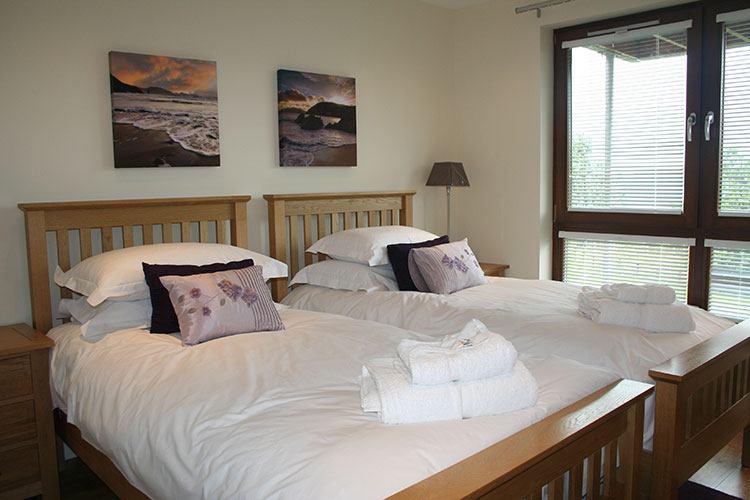Tarmachan twin bedroom