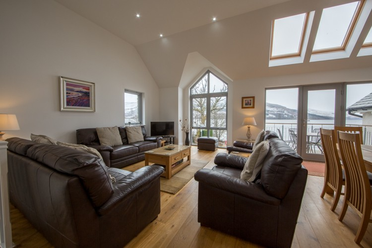Craigard open plan living  area with views of Loch Tay