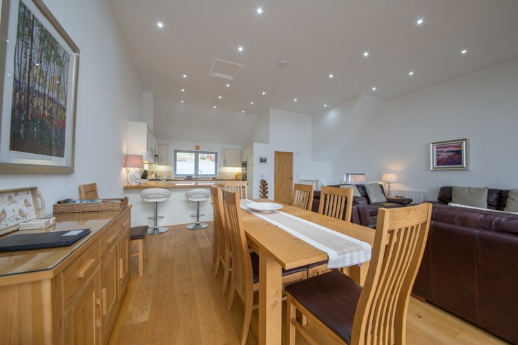 Craigard Dining area