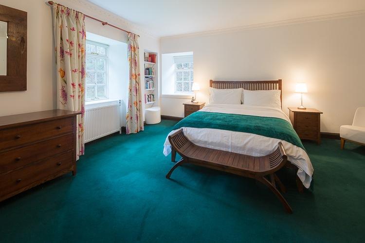 Huge Master Bedroom with en-suite
