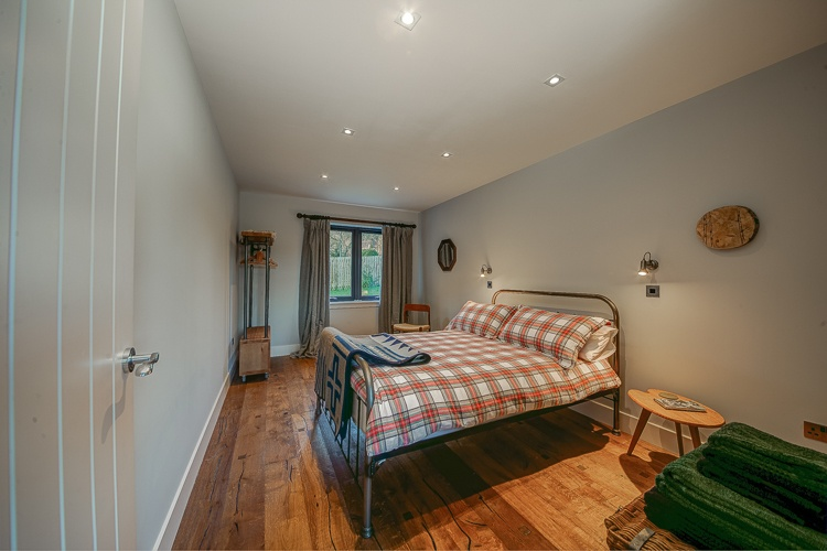 Second bedroom with double size bed